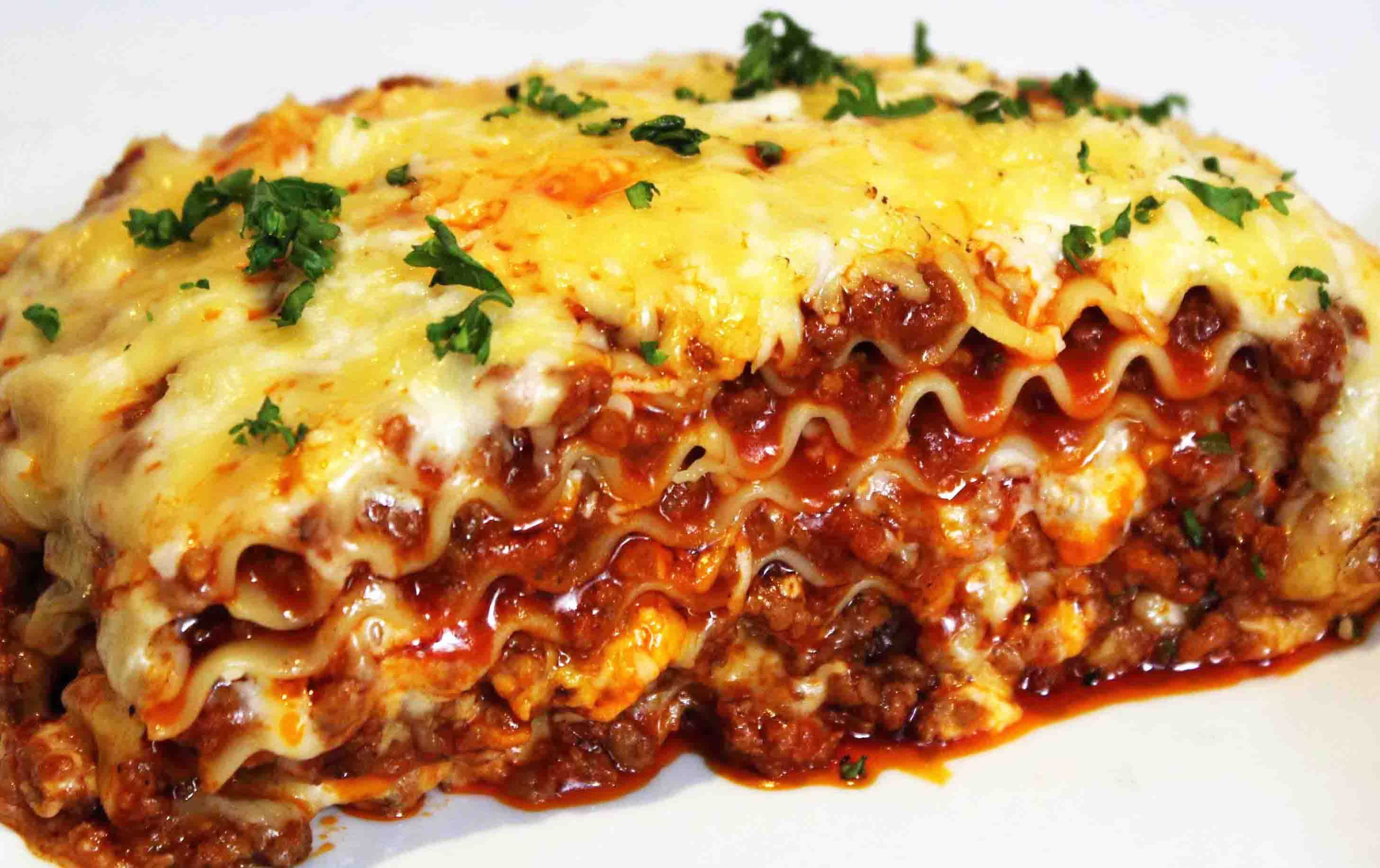 Pasta Lasagna Recipe Dishmaps : Meat Lasagna1 from www.dishmaps.com size 2913 x 1833 jpeg 178kB